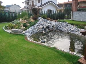 Laghetto giardino laghetti da giardino per pesci e for Vasche x laghetti