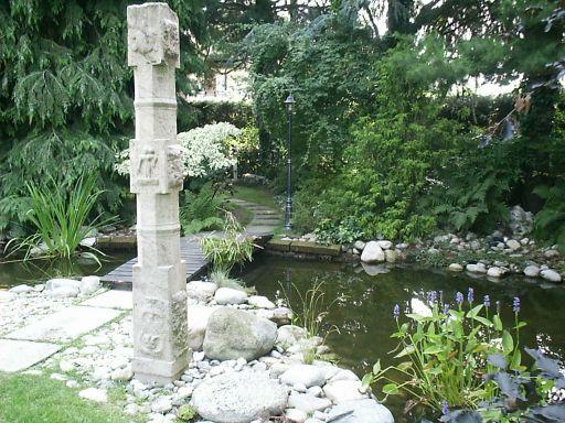 Laghetto nel bosco paesaggi garden vivaiopaesaggi garden for La casa nel laghetto